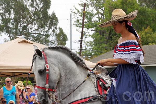 墨西哥少女骑手。(刘菲/大纪元)