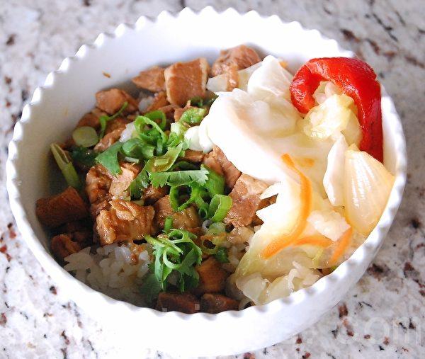 滷肉飯。(攝影:安吉/大紀元)