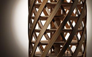 日方即將展出的6樓木構模型,此種結構系統可以發展成10樓建築。(台中市建築師公會提供)