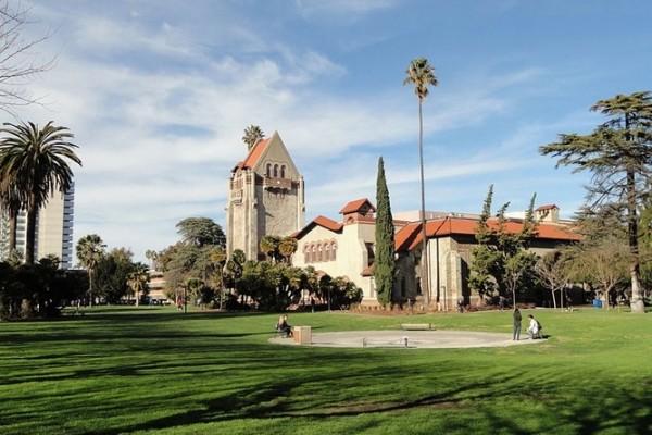 圣荷西州立大学(San Jose State University)。(Wiki)