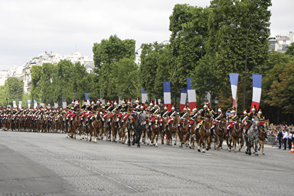 共和国卫队的骑兵团。(叶萧斌/大纪元)
