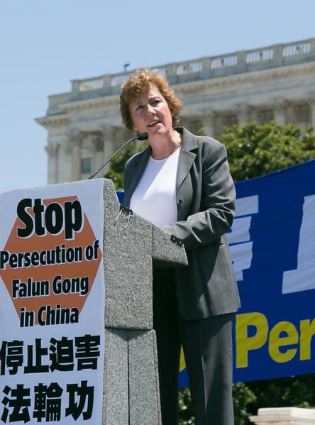 "Suzanne Scholte ""国防论坛基金会""主席。(李莎/大纪元)"