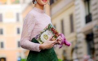 7月9日,俄罗斯模特Tatiana Korsakova出席华伦天奴在罗马的时装秀。(Franco Origlia/Getty Images)