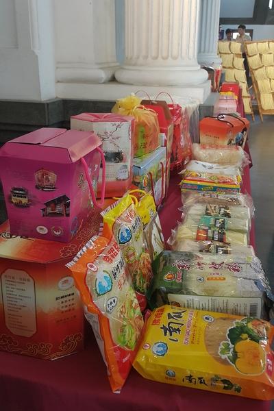 新竹市擁有米粉、摃丸、客家米食與眷村老滋味。(林寶雲/大紀元)