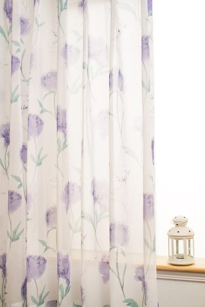 普羅旺斯窗紗。布號:050215-03(圖:隆美窗簾提供)