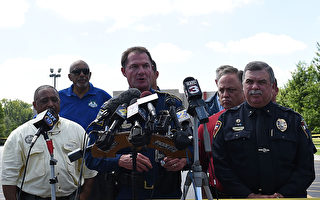 路易斯安那州警察首長艾德蒙生表示,警方正在調查豪瑟的行兇動機,並已與他的朋友和家人談過。(Stacy Revere/Getty Images)