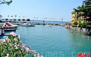 意大利西爾莫尼湖(Sirmione)風情。(蕭依然/大紀元)