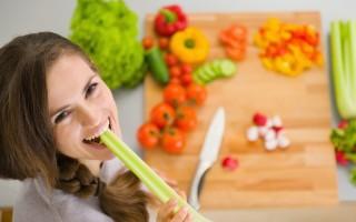 芹菜的營養價值很高,可降血壓,也是婦女兒童補充鈣鐵的好食物。(Fotolia)