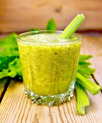 芹菜汁( Fotolia )