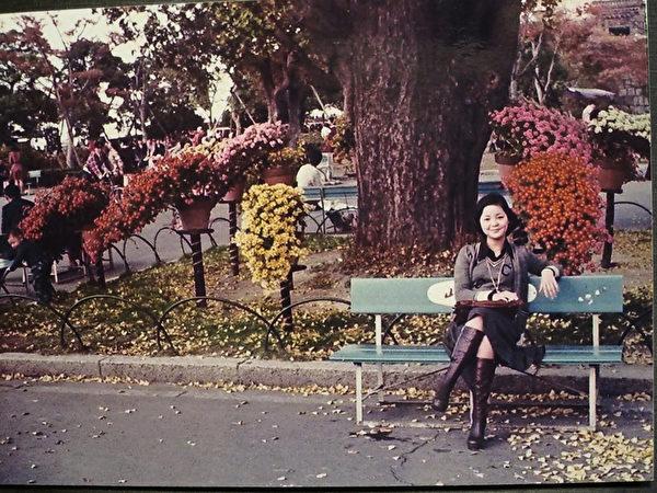 有「鄧麗君日本的歐多桑」之稱的舟木稔於1973年擔任日本寶麗多唱片公司的主管,同年去香港說服鄧麗君到日本歌壇發展。鄧麗君1973年首度抵日,造訪京都(舟木稔提供/中央社)
