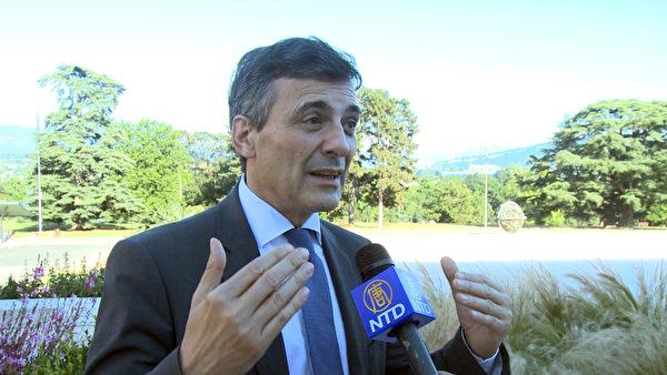 西班牙告江律師卡洛斯‧伊格萊西亞斯在瑞士日內瓦接受採訪。(大紀元)