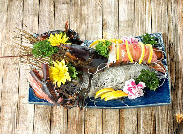 新鲜龙虾。(张学慧/大纪元)