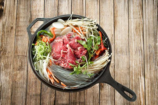特制肉汤牛肉片。(张学慧/大纪元)