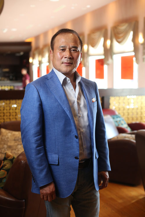 BON FAHYR餐廳老闆樸升奎先生。(張學慧/大紀元)