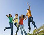 研究:友谊可降低罹患忧郁症风险