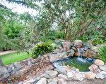 清雅幽静的园林豪宅,位于比尔盖茨最喜爱的高尔夫社区兰桥圣菲(图/美国精品豪宅网提供)