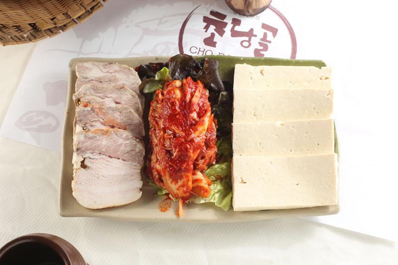 泡菜猪肉豆腐。(张学慧/大纪元)