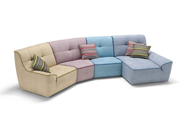 """名为""""Funny""""弧形沙发系列,特别的染色皮是一大卖点。(Mscape提供)"""