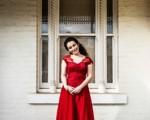 因瀕死經驗而改變人生、開展藝術才能的澳洲女孩安妮(Annaleise Ronzan)。(安妮提供/大紀元)