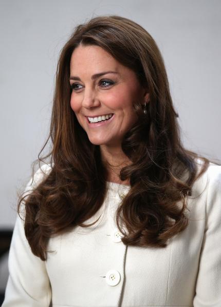 2015年3月12日,倫敦,凱特王妃前往伊琳製片公司,觀看《唐頓莊園》的拍攝(Chris Jackson - WPA Pool/Getty Images)