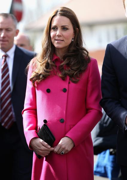 2015年3月27日,英國威廉王子和妻子凱特王妃(圖)訪問了倫敦的一家社區學習中心。(Chris Jackson/AFP)