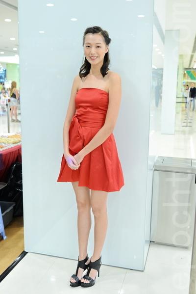 趙頌茹出席香港鐘錶展記者會。(宋祥龍/大紀元)