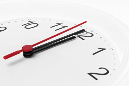 癌症时钟调快,每5分钟26秒就有1人罹患恶性肿瘤。(Fotolia)