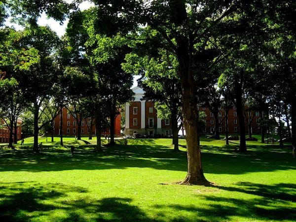 文理學院中,艾姆赫斯特學院(Amherst college)在最具價值大學排名中拔得頭籌。(Wiki Commons)
