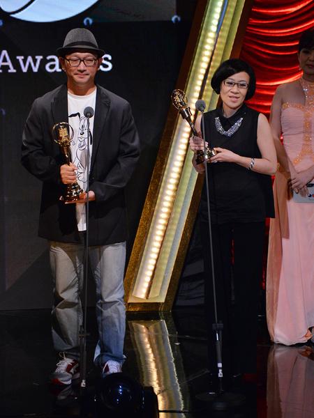 非流行音乐节目主持人奖得主。(中视提供)