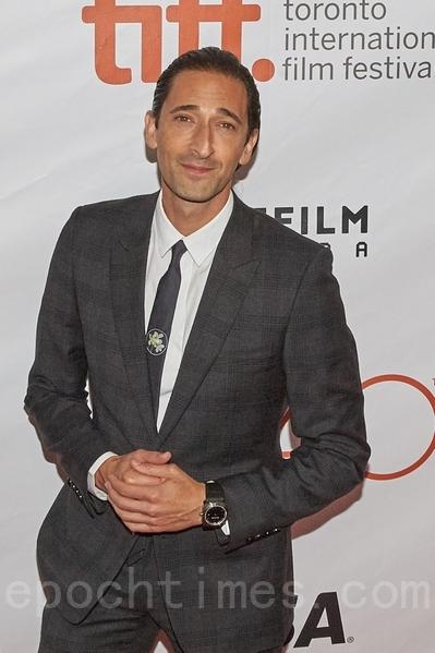 奥斯卡影帝布罗迪(Adrien Brody)在9月15日在多伦多出席新片Septembers of Shiraz的全球首映礼。(Don Quincy/大纪元)