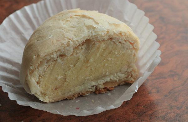 圖:生計麵包店的綠豆椪。(李晴照/大紀元)