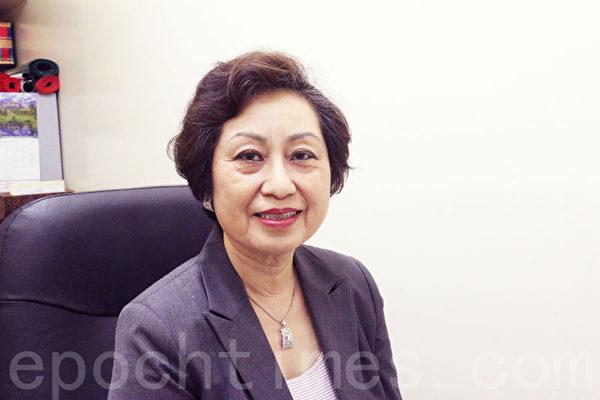 紐約資深教育家、華人家長會會長朱寶玲女士。(陳天成/大紀元)