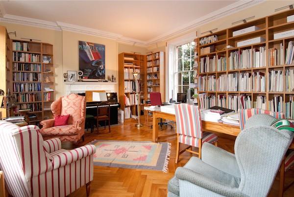 「哈德利之家」的圖書舘。Hadleigh House, 19 Sheet Street, Windsor, Berkshire,325萬英鎊