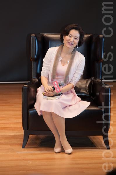 林青霞60歲依然風姿綽約、優雅迷人。(王仁駿/大紀元)