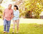 通过日常饮食、日照、运动,就可以补充足够钙质、强健骨骼。(Fotolia)