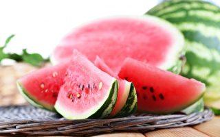 民谚:夏日吃西瓜 药物不用抓