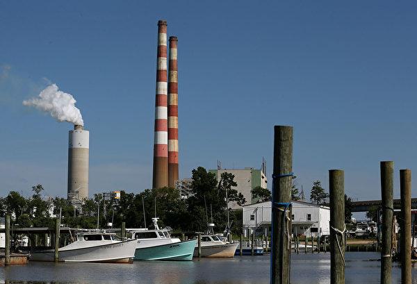 发电厂操作员与调度员预计至2022年下滑比例为8%。(Mark Wilson/Getty Images)
