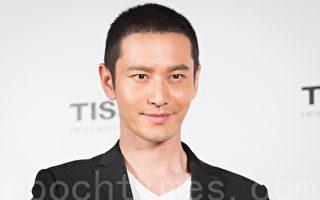艺人黄晓明10月1日在台北出席代言活动,这是他婚前最后一个工作.(陈柏州/大纪元)