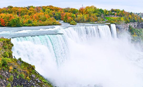 尼亚加拉大瀑布在秋季(fotolia)