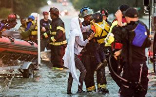 """2015年10月3日,美国南卡罗莱纳州遭遇""""二百年一遇""""暴雨袭击。10月4日,全州进入紧急状态。(Sean Rayford/Getty Images)"""