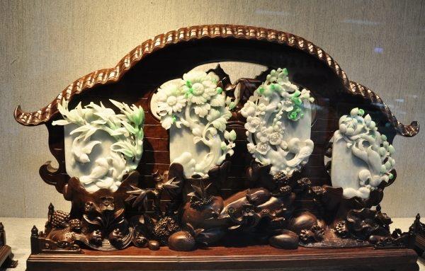 图为缅甸玉雕刻作品。(赖月贵/大纪元)