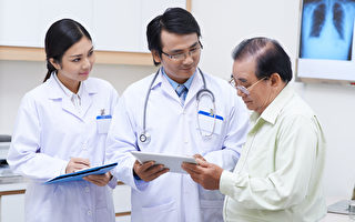 肝病要早檢查,早治療,要多與醫生溝通。(Fotolia)