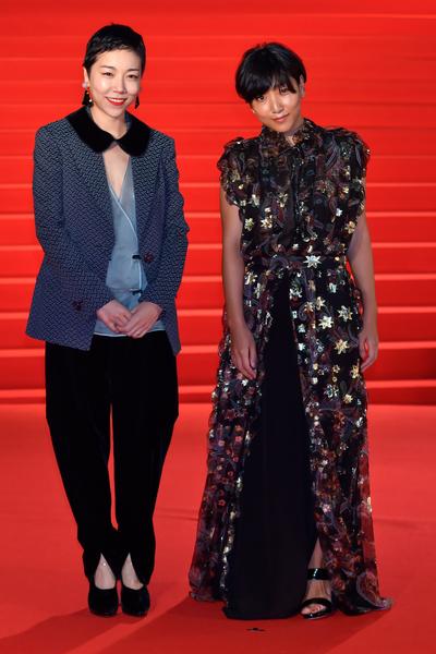 日本導演安藤桃子(左)與女星安藤櫻是親姊妹。(Ken Ishii/Getty Images)