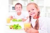 营养的早餐会帮学童提升上课时的记忆力、注意力与学习效果。 (Fotolia)