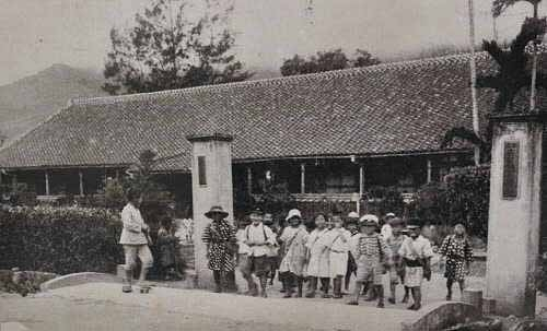 吉野村高等寻常小学校(今吉安国小)。 (图片提供:tony)