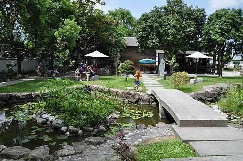 寺院的池塘,造形与日本四国岛相同。(图片提供:tony)