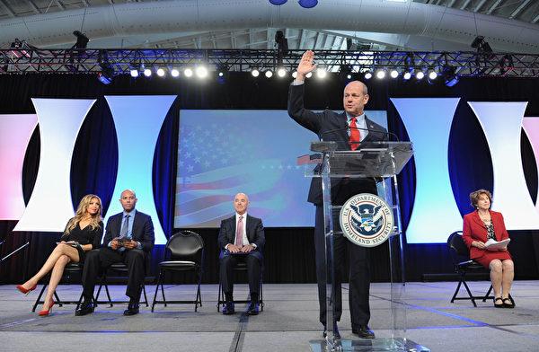 现任美国移民局局长罗德里格斯(León Rodríguez)。(图: GettyImages)