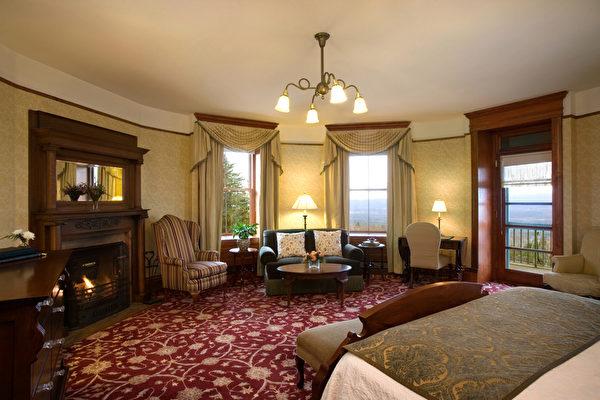 天湖城堡度假庄园套房。(Mohonk Mountain House提供)