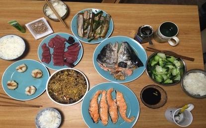 鮑登學院以最高標準提供學生美食,讓每位學生每天都吃得到大廚做的菜餚。(鮑登學院官網)