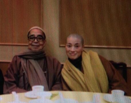 寶蓮寺住持兼香港佛教聯合會會長釋智慧(左)與定慧寺女住持釋智定(右)捲入和尚尼姑假結婚事件。(大紀元)